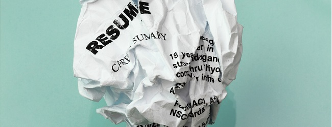 8 Things Recruiters Notice About Your Resume at First Glance + 3 Things That Really Do Not Matter