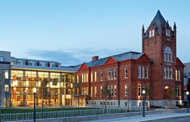 Queen's University Smith